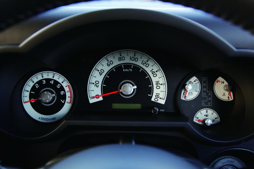 4WDの仕組みや燃費性能はどうなっているの?4WDを徹底解説!